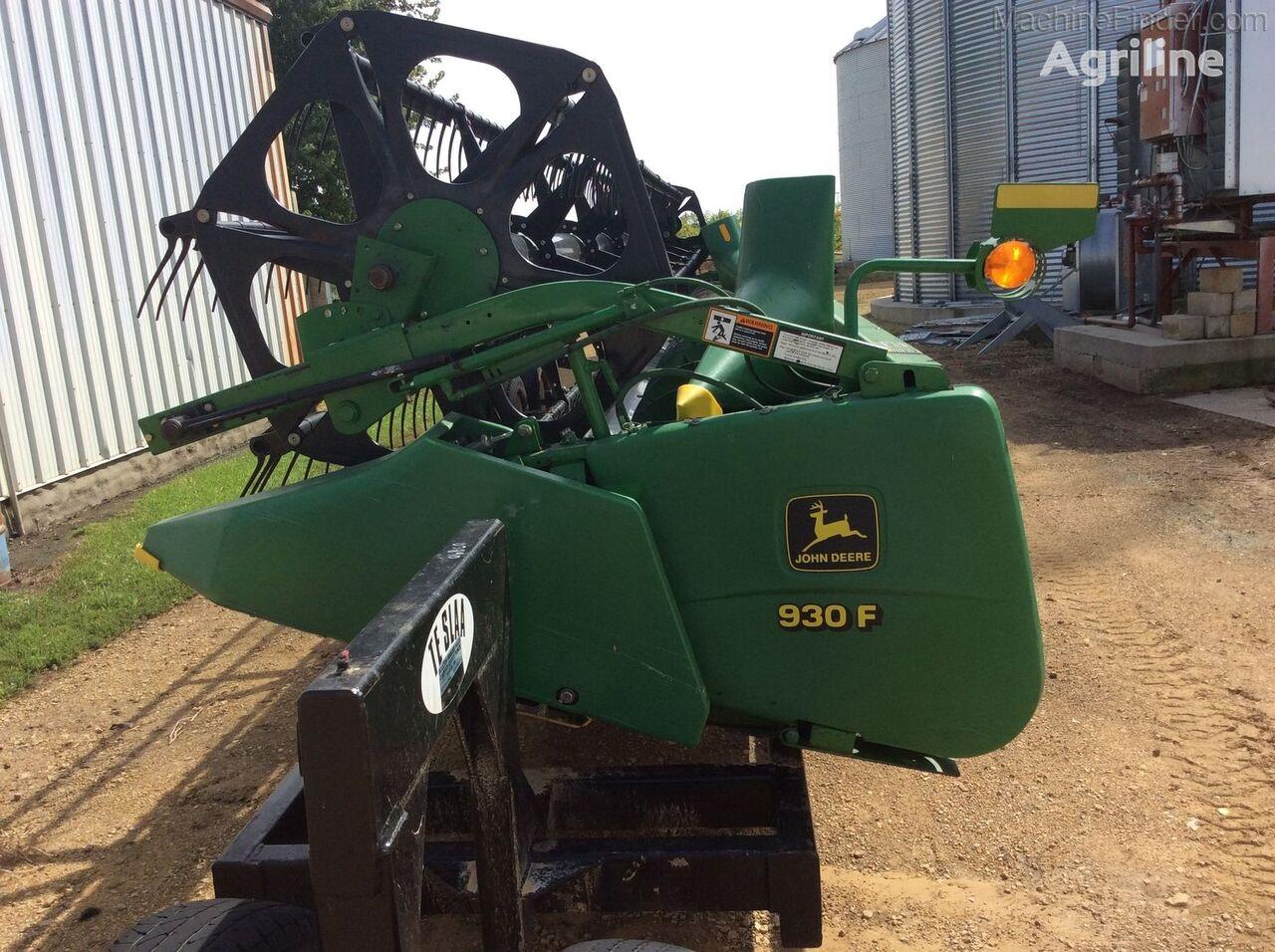 JOHN DEERE 930F grain header