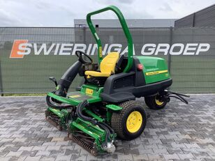 JOHN DEERE 7200 precision cut kooimaaier lawn mower