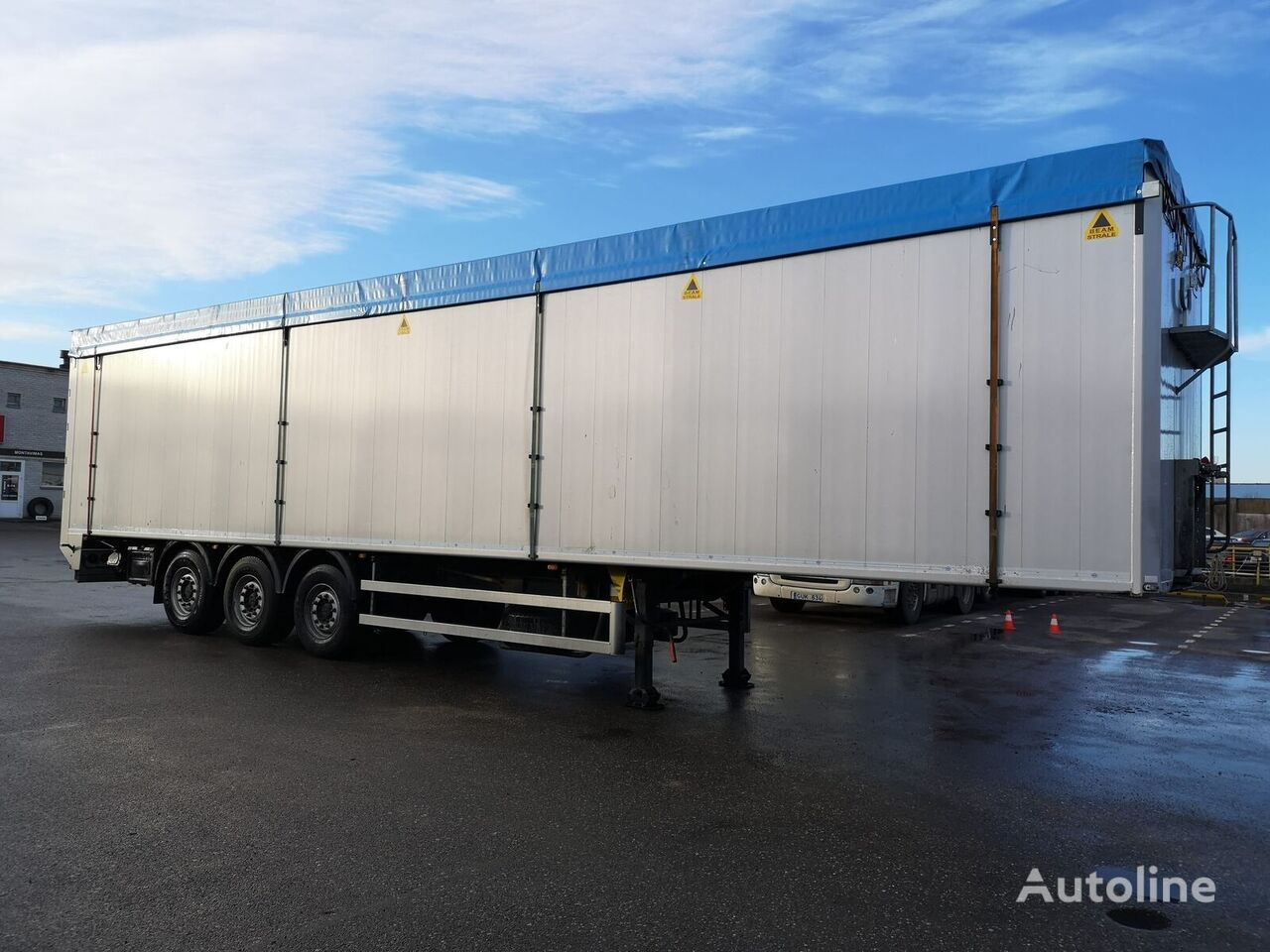 BODEX KIS3F walking floor semi-trailer