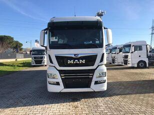 MAN TGX 26.470 LAMBERET box truck