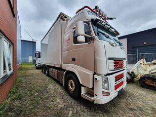 VOLVO FH13 box truck