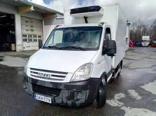 IVECO Daily 40C15 refrigerated truck