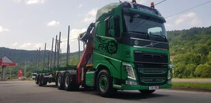 VOLVO FH13 540 6x4 + UMIKOV timber truck