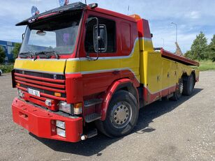 SCANIA P113 tow truck